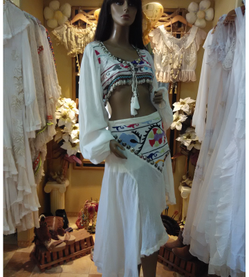 Falda ethnic